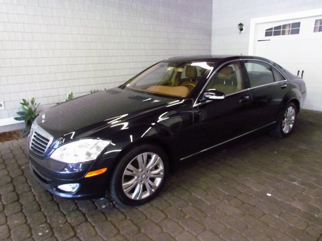 Pre-Owned 2009 Mercedes-Benz S-Class S 550